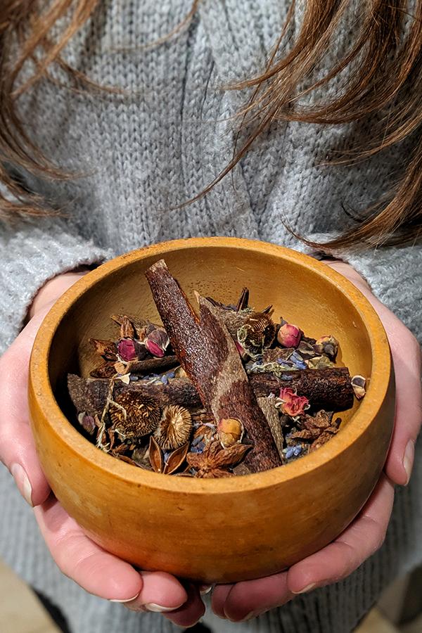 DIY Pot Pourri in Wooden Bowl